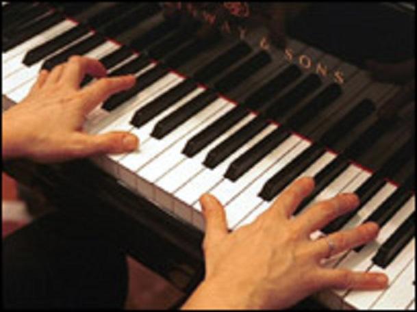 39315817_piano203